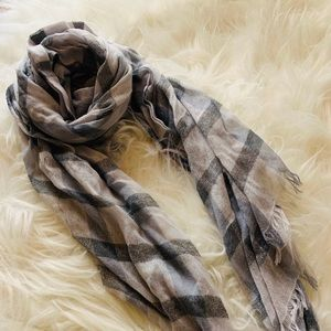 Accessories - Scarf Soft and Comfortable